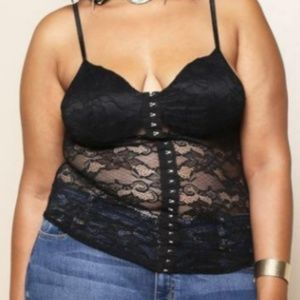 Tops - Plus Size Underlined Lace Tank Top 💋